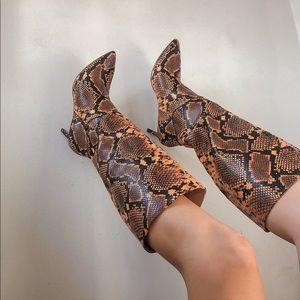 Steve Madden Kinga Yellow snake boots